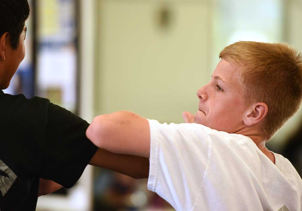 kids karate lesson at aurora family martial arts school